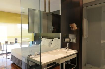 salle de bains adoptez le concept de chambre salle de. Black Bedroom Furniture Sets. Home Design Ideas